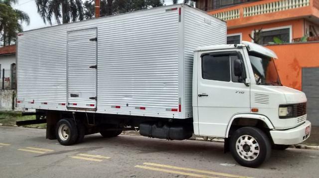 mercedes-benz-710