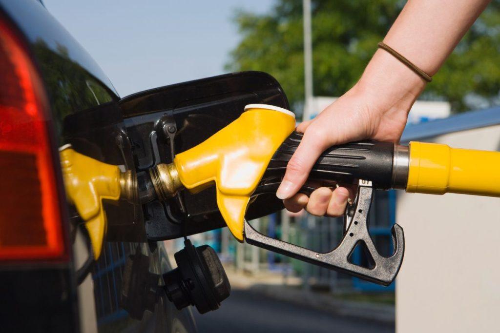 Como NÃO CAIR na fraude do combustível adulterado